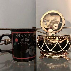 PHANTOM of the OPERA Music Box and Mug